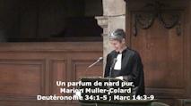 Marion Muller-Colard dans la chaire de l'Oratoire