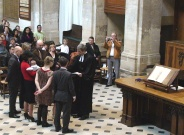 Baptême d'enfant pendant le culte à l'Oratoire du Louvre