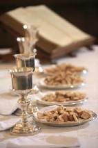 Coupes et plats de communion