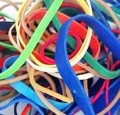 Des élastiques emmêlés