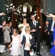 mariés sortant de l'Oratoire du Louvre