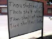 paneau avec des commandements